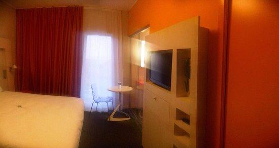 Ibis Styles Nivelles : room