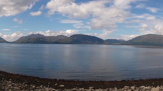 Loch Linnhe Waterfront Lodges: View from our cottage balcony