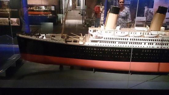 Merseyside Maritime Museum : Titanic Model