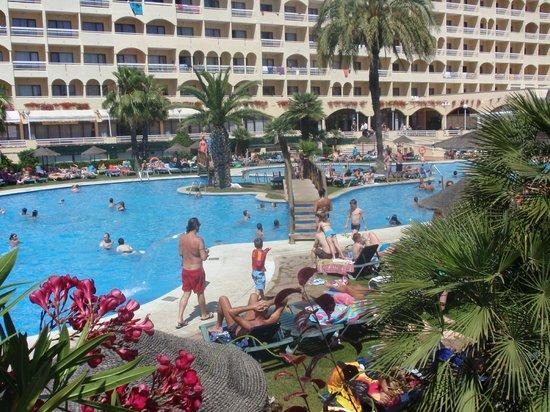 Evenia Olympic Palace : piscina