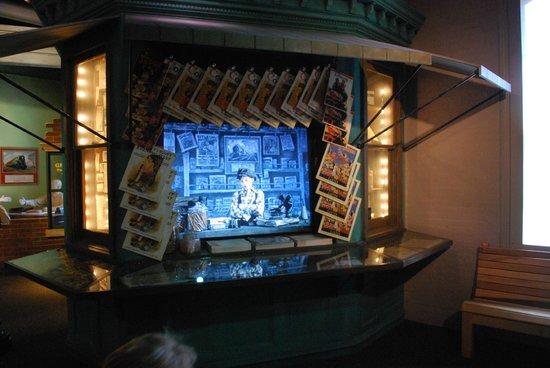 Altoona Railroaders Memorial Museum : Newspaper stand