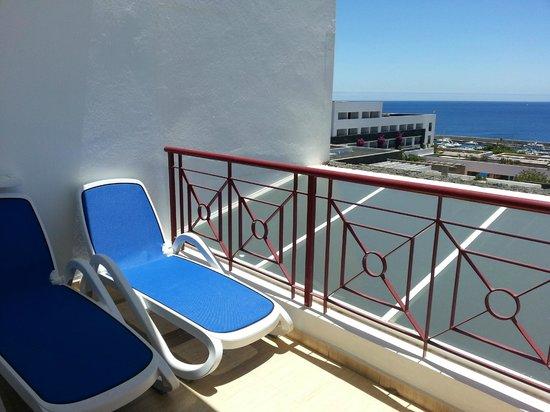 Terraza de la suite 544 picture of hotel costa calero puerto calero tripadvisor - Hotel costa calero puerto calero lanzarote espana ...