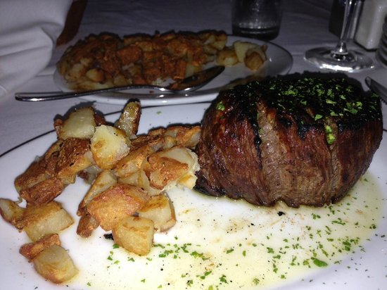 New York Prime : 14 ounce filet with Hash Brown