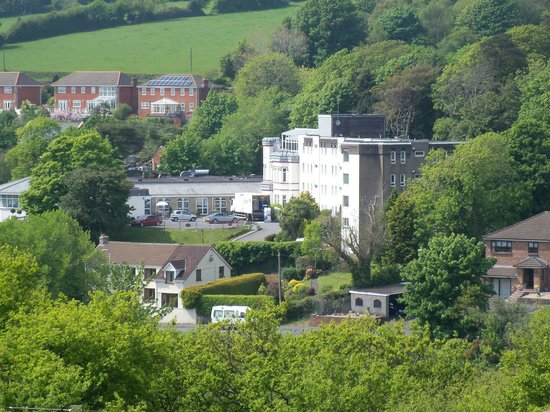 Stradey Park Hotel & Spa: View from park opposite