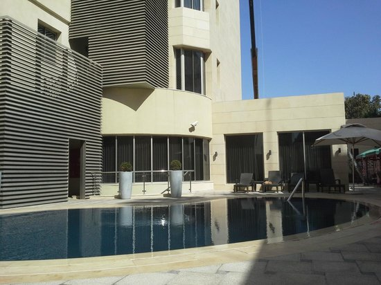 Corp Amman Hotel : nice pool