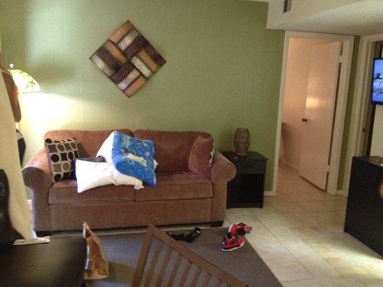 Tiki Vacation Condominiums: sofabed