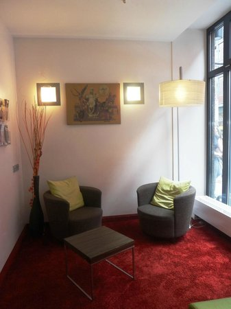 Leonardo Hotel Munchen City Center: Hotellounge