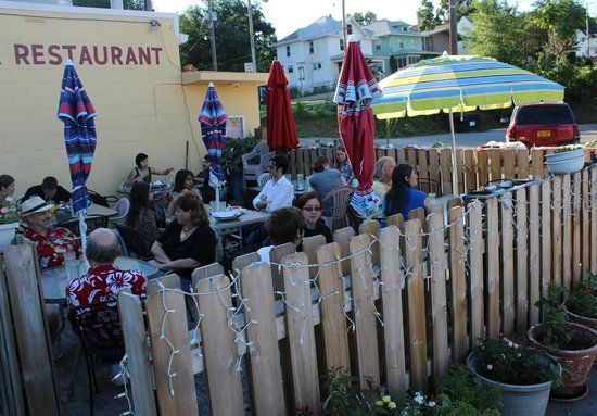 Mother India Cuisine: Outside seating