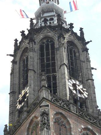 The Tower of Our Lady: De top van de toren .