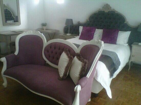 Elizabeth's Manor Guesthouse : Queen Room