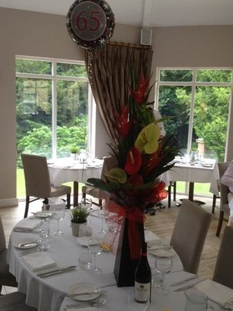 Astley Bank Hotel: beautiful table setting for dinner