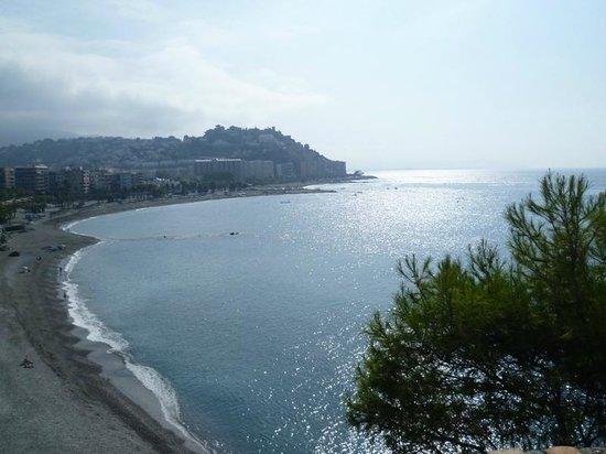 Hotel Victoria Playa: Playa de Almuñecar al atardecer