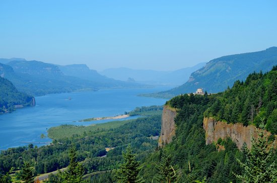 Columbia River Gorge National Scenic Area: View of the Columbia