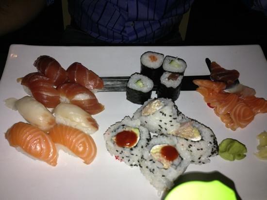 Fish Cafe Bistrot: sushi e sushimi reale