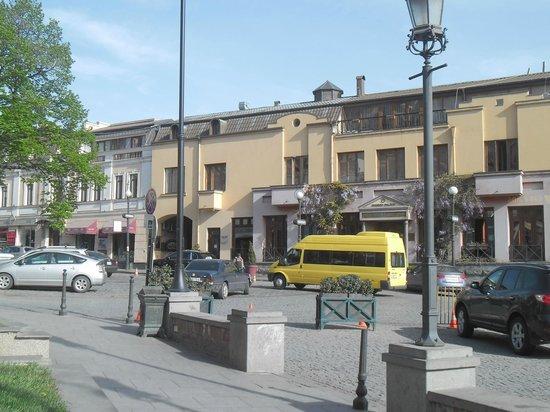 Hotel Morgan: Central Tbilisi