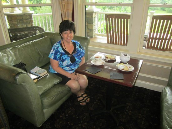 "The Inn at Thorn Hill & Spa: ""hot spot"" for wireless.  Tea time!"