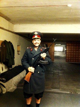 Walters Sautuve: Free uniform pictures