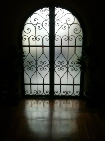 Detalhe de uma das maravilhosas portas do hotel