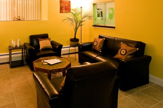 A relaxing waiting area - Picture of Santhigram Wellness