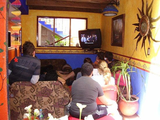 Planet Hostel: Sala de Tv/Cable dvd