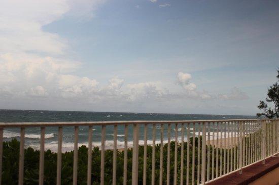 Gulfstream Manor Resort: view from lanai