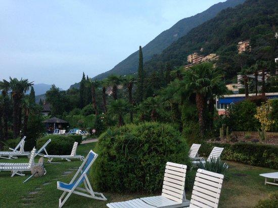 Hotel Lago Di Lugano: Grounds at Lago di Lugano