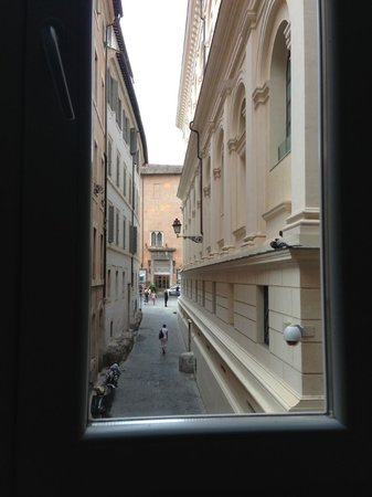 Pantheon Relais: View from Venus Room
