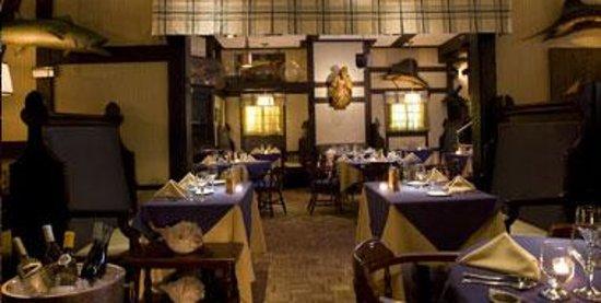 The Drake Hotel: Cape Cod Room