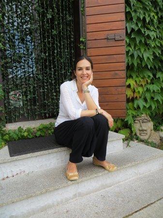 L'Agnata di De Andre: Angelika, bella, simpatica e molto disponibile