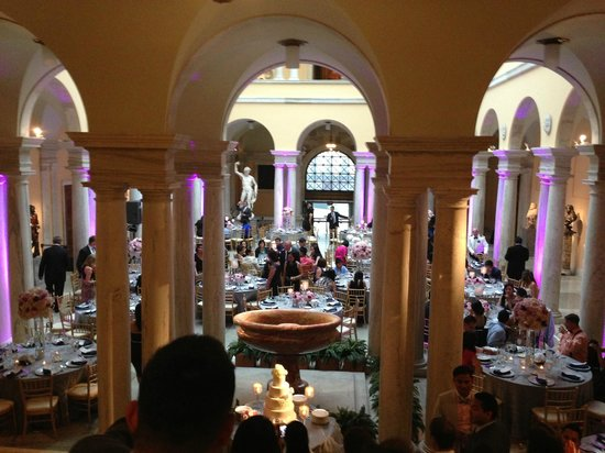 The Walters Art Museum : Amazing Wedding Venue