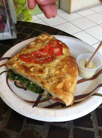 Duetto Pizza and Gelato: .