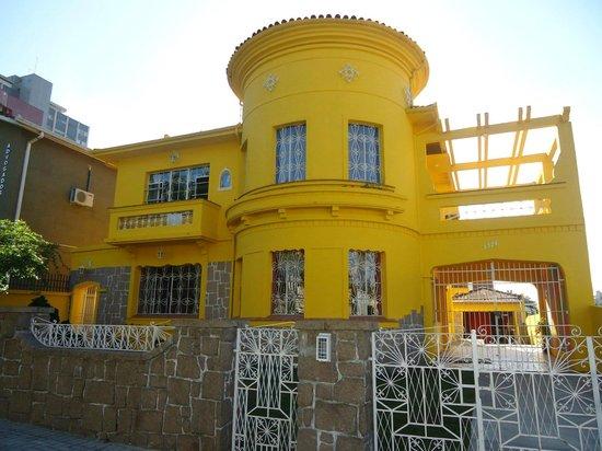 Motter Home Curitiba Hostel: Frente do Motter Home