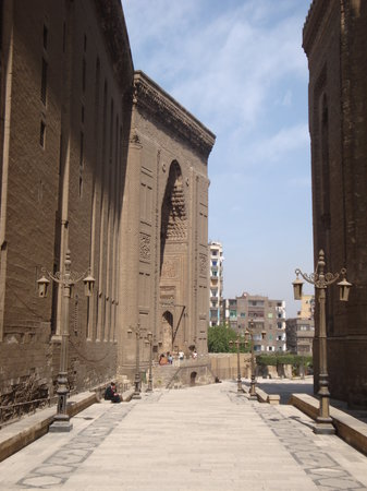 Mosque and Madrasa of Sultan Hassan : Exterior