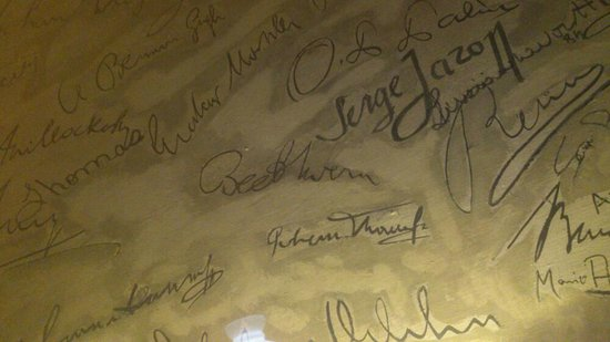 Griechenbeisl Inn: More signatures in the Mark Twain room