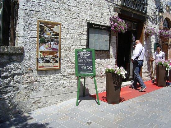 Hotel Ristoranti Locanda del Duca: Un buon pranzo umbro.
