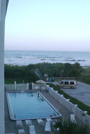 Cape Winds Resort: View from the balcony, in the evening