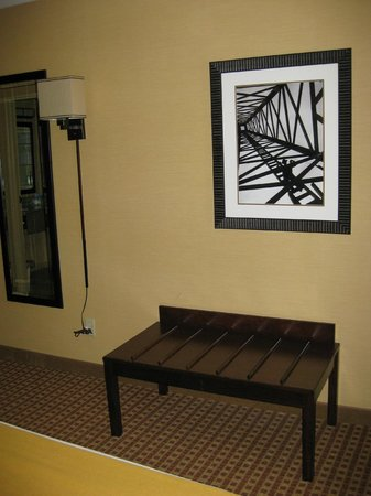 Holiday Inn Express Gillette: Wall art