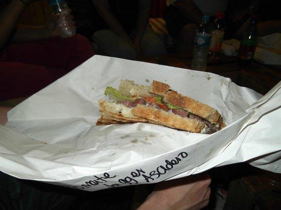 Deliciosa Sandwicheria y Deli : Sandwich