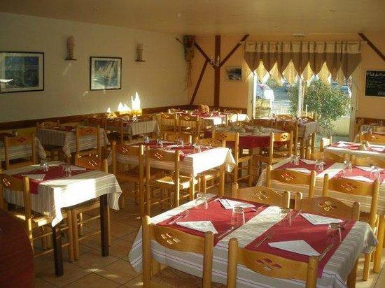 Pizzeria cr perie saint vincent plouay restaurant avis num ro de t l phon - Restaurant lesage sarzeau ...