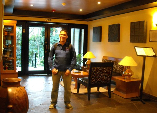 Belmond Sanctuary Lodge: in the lobby