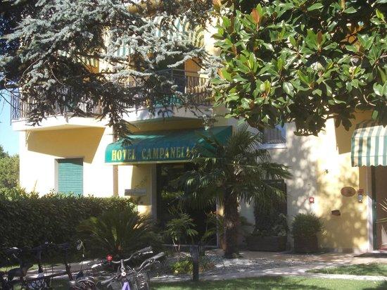 Hotel Campanello: entrata dell'hotel