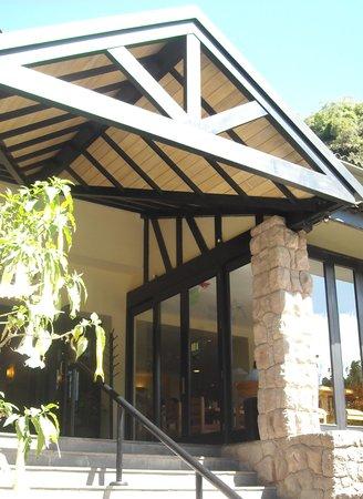 Belmond Sanctuary Lodge: hotel´s entrance