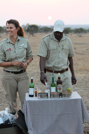 andBeyond Ngala Tented Camp: Sundowners!