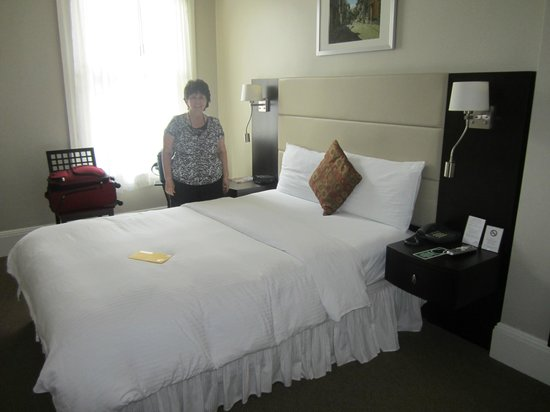 """Newbury Guest House: our """"standard"""" room"""