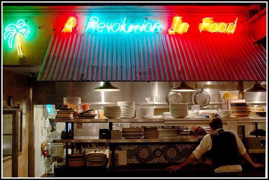Havana 59: Getting ready for dinner service