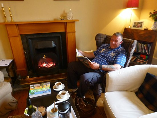 Cruachan Lodge: Comfortable lounge.