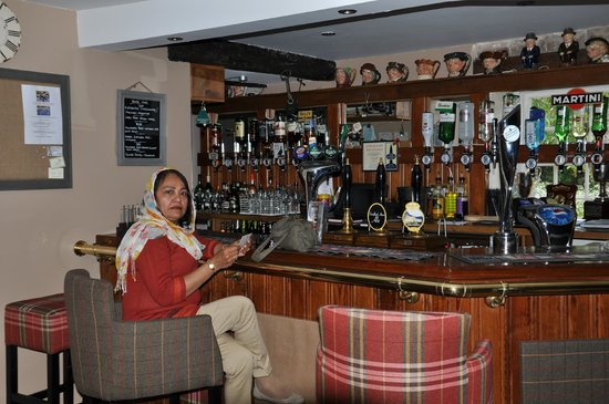 Sandford Arms: Bar