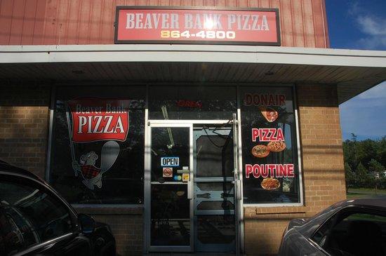 Beaverbank Pizza
