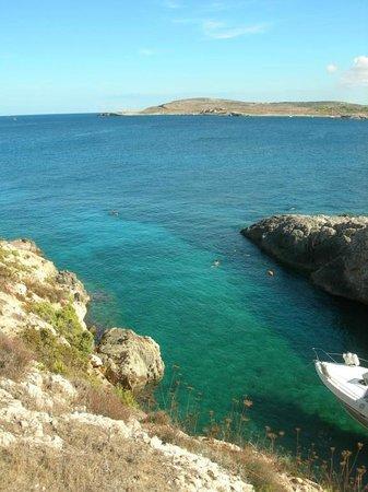 Megli Ramla bay  vicino Hondoq Bay