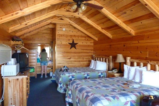 Intérieur Chalet - Picture of Bryce Canyon Inn, Tropic - TripAdvisor